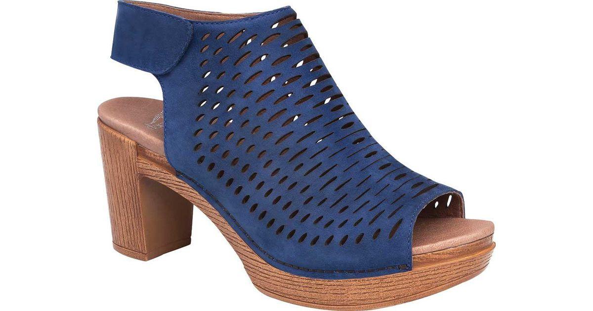 Danae Metallic Perforated Slingback Open Toe Block Heel Sandals 38rdhTVA