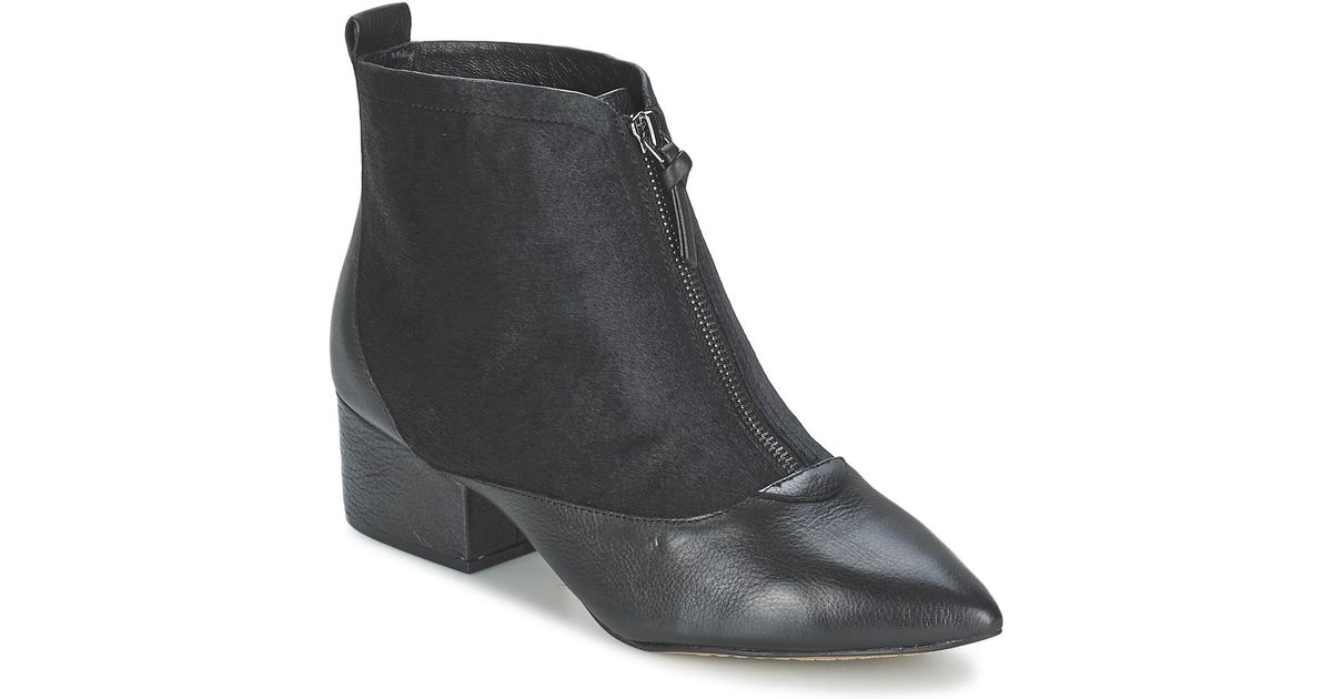 51d1d1a17be2 French Connection Robrey Women s Low Ankle Boots In Black in Black - Lyst