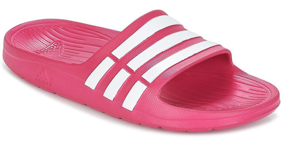 check out 2efd5 d3ae0 Adidas Duramo Slide K Girlss In Pink in Pink - Lyst