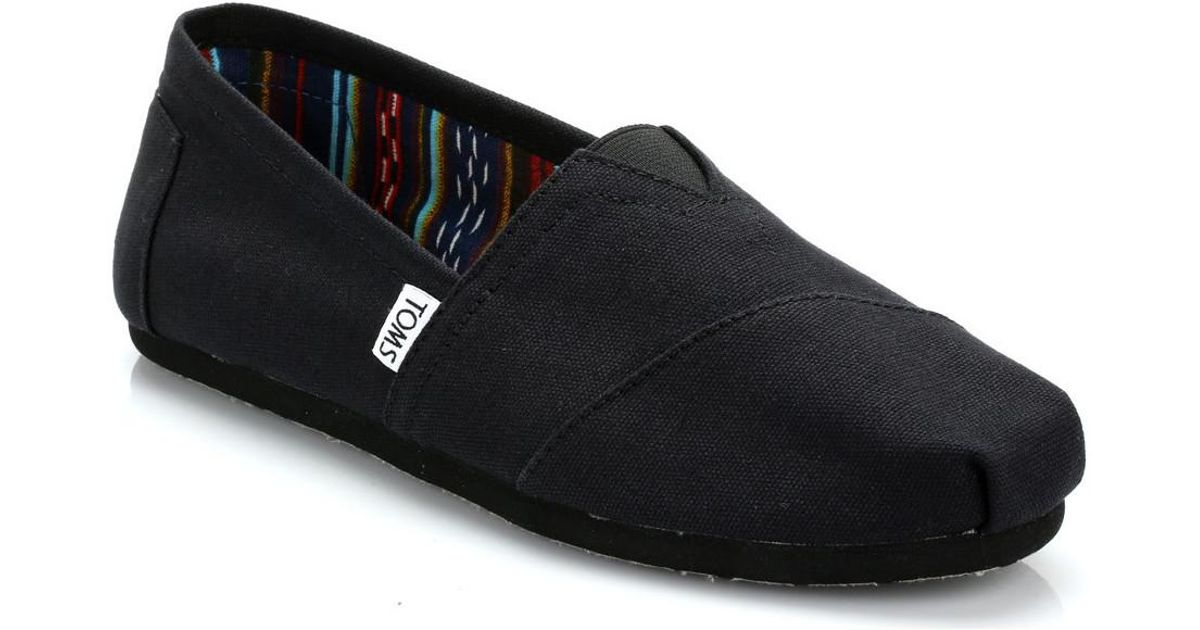 79be23aab6 TOMS Mens All Black Canvas Classic Espadrilles Men's Slip-ons (shoes) In  Black in Black for Men - Lyst