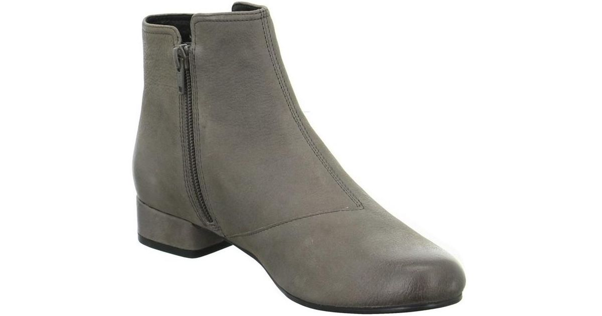 Tamaris 112612637227 women's Low Ankle Boots in