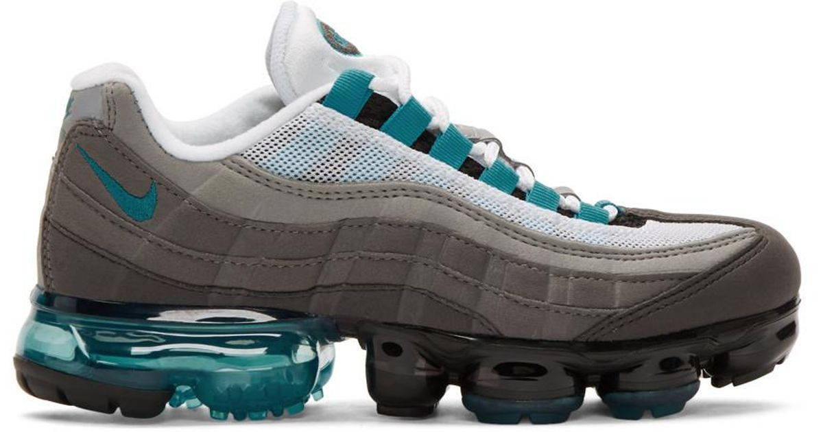 8a0788898ac9a Lyst - Nike Black And Blue Air Vapormax 95 Sneakers in Blue