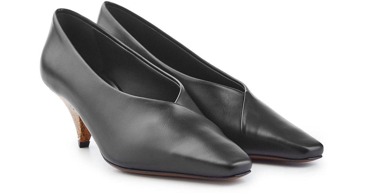 2d80d0583e0 Neous - Black Eralda Leather Pumps With Snake-print Heels - Lyst