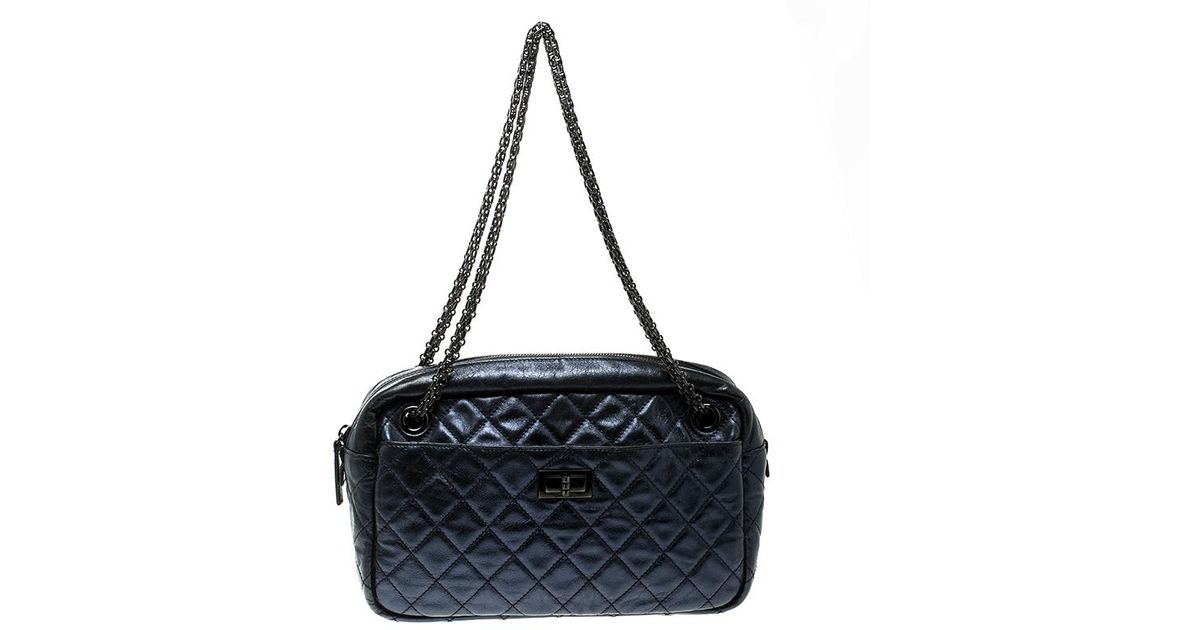 b72bc5563cac Chanel Metallic Quilted Leather Medium Reissue Camera Bag in Blue - Lyst