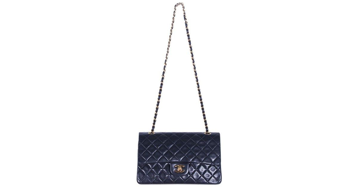 cfd5e021a8c1 Chanel Quilted Lambskin Medium Vintage Classic Double Flap Bag in Black -  Lyst