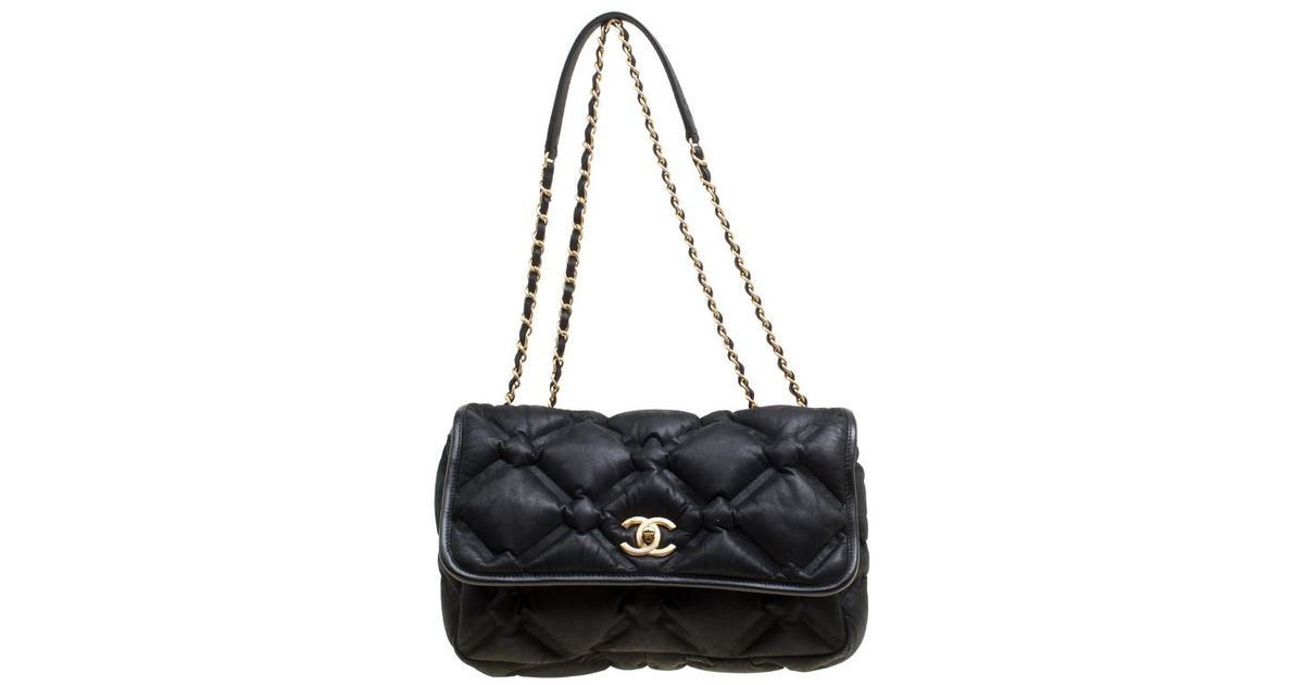 4dc4b68504e8 Chanel Black Quilted Iridescent Leather Chesterfield Flap Bag in Black -  Lyst