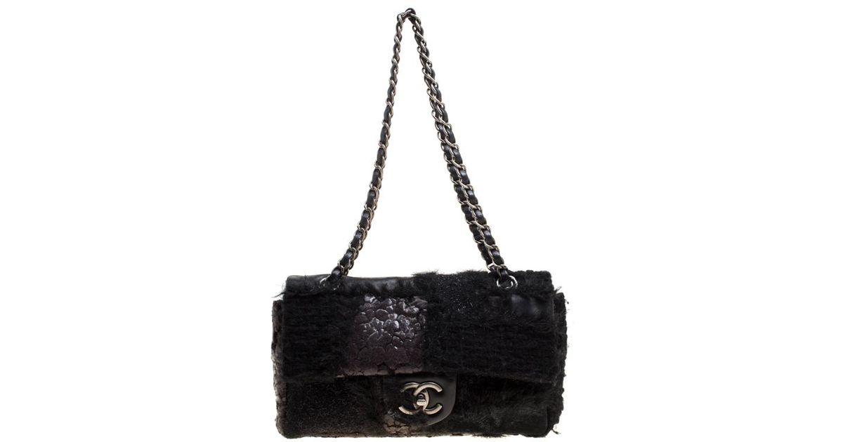 a4b4d93079 Chanel Leather And Tweed With Fur Trim Flap Shoulder Bag in Black - Lyst