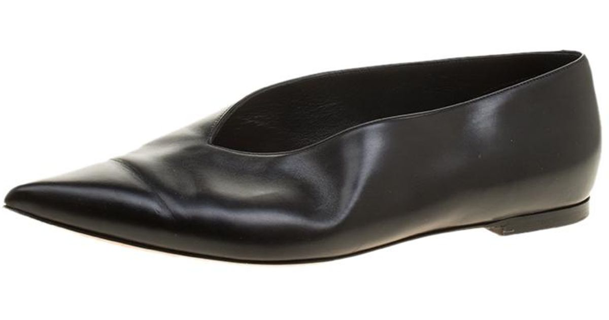 94284f02d Céline Black Leather Pointed Toe Flats Size 37 in Black - Lyst
