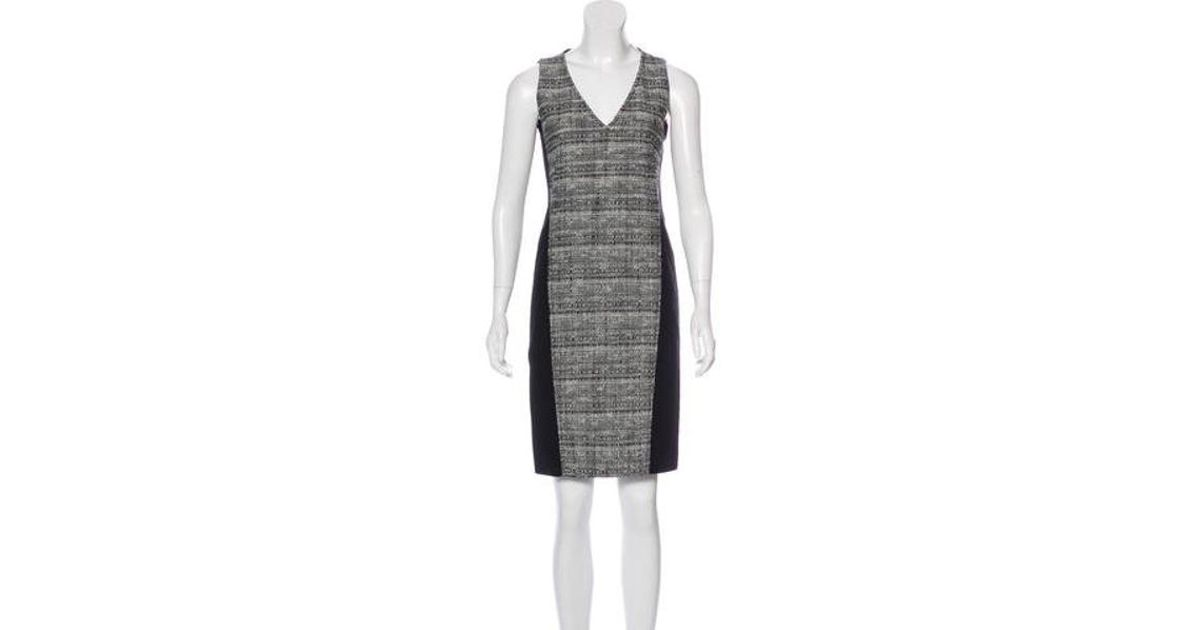 3bd853bf7d85 Lyst - Akris Punto Sleeveless Bouclé Dress in Black