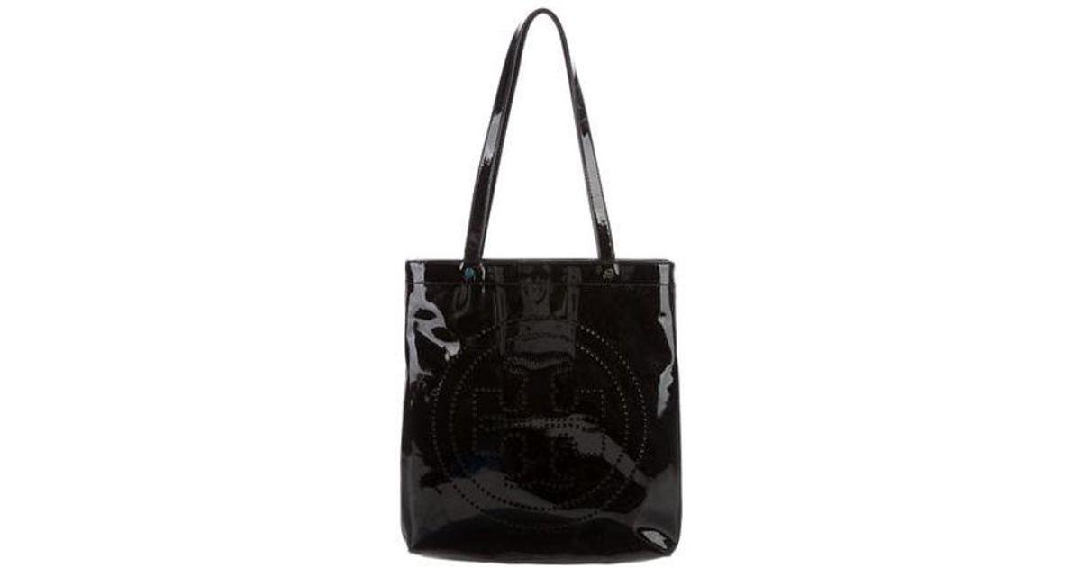 7b2c26910960 Lyst - Tory Burch Patent Leather Tote Black in Metallic