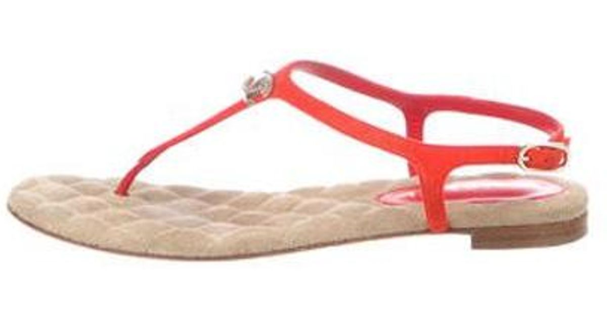 15bad8cbed8e Lyst - Chanel Suede Thong Sandals Orange in Pink