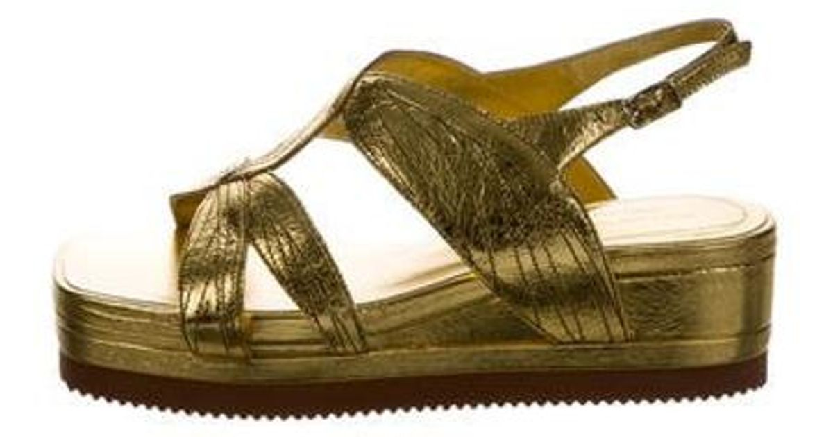 a8f24f5ededc Lyst - Dries Van Noten Flatform Sandals W  Tags Gold in Metallic