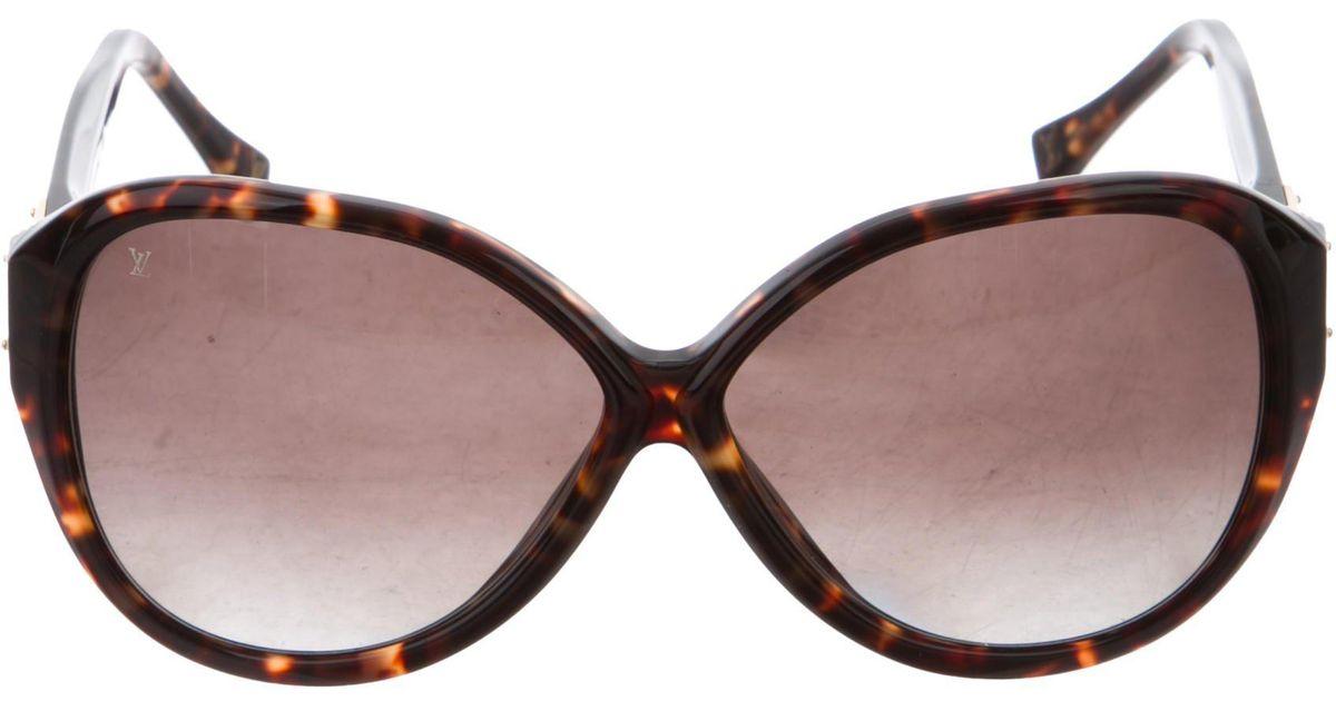 d5bac9b1e00c Lyst - Louis Vuitton Soupçon Oversize Sunglasses Brown in Natural