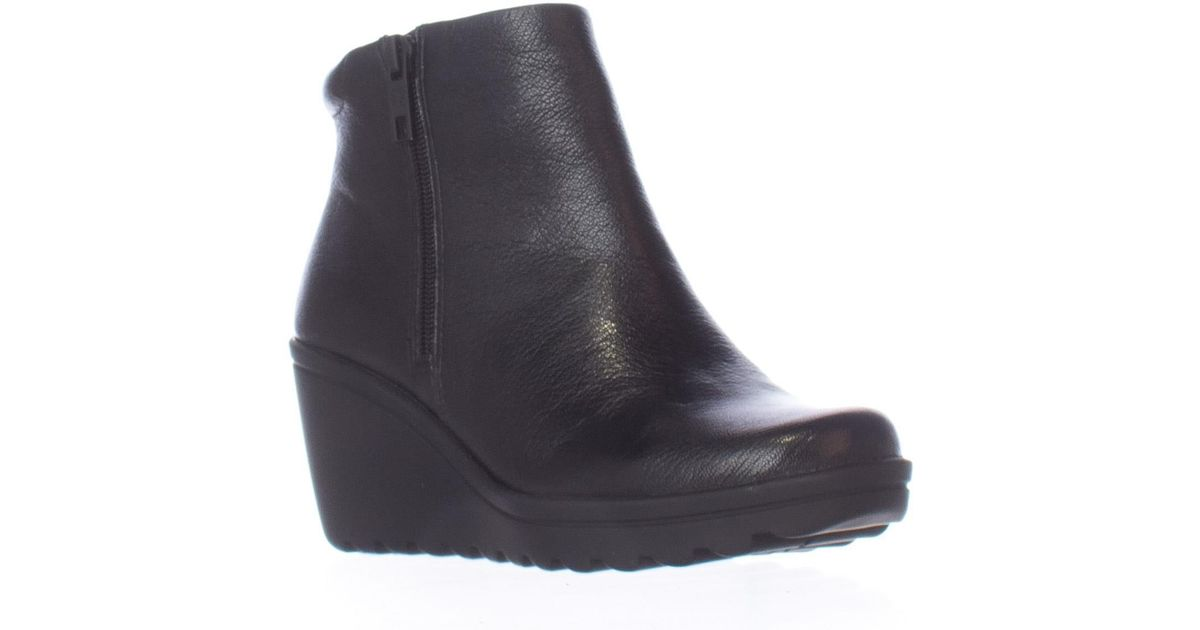f8bc46ffa85 Lyst - Naturalizer Quineta Wedge Ankle Booties in Black
