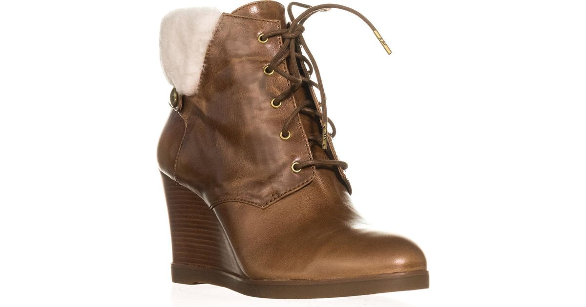 Carrigan Lace Up Womens Shoes