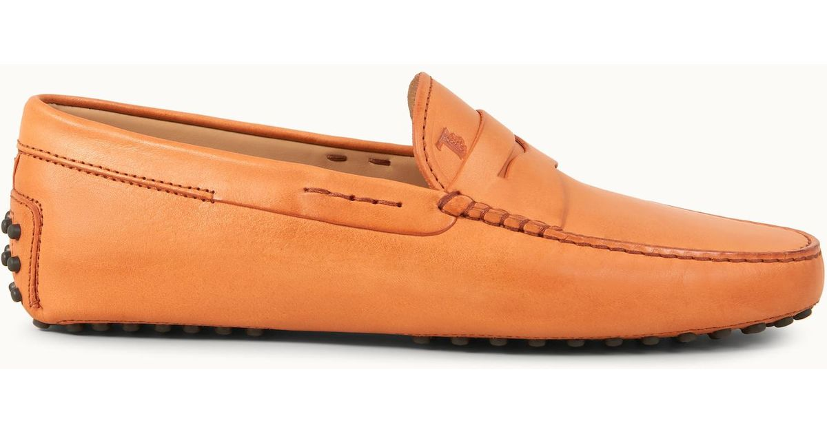 15ebe247ad5 Lyst - Tod's Gommino Driving Shoes In Leather in Orange for Men