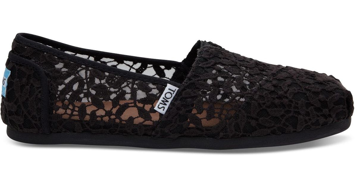074f7d99a550 TOMS Black Lace Leaves Women s Classics in Black - Lyst