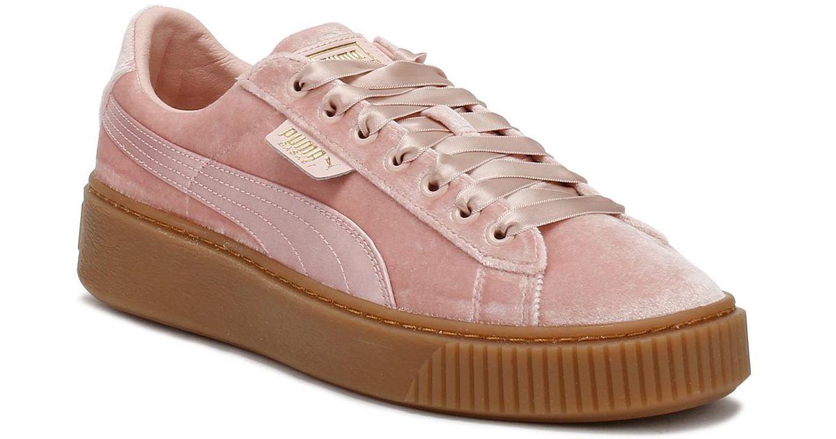 fast color wholesale color brilliancy PUMA Womens Pink / Gum Velvet Basket Platform Trainers Women's Shoes  (trainers) In Pink