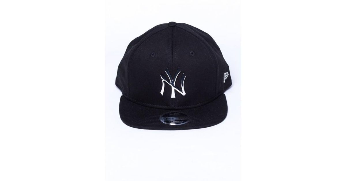 online retailer b8f68 92ba8 KTZ Ny Yankees Silver Metal Badge Original Fit 9fifty Snapback Cap in Black  for Men - Lyst