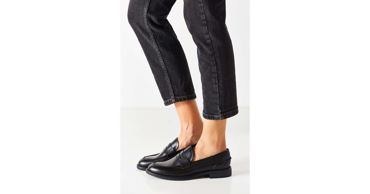 73996a91a01 Lyst - Vagabond Amina Loafer in Black