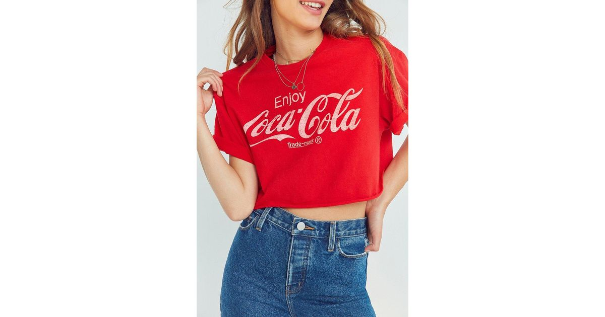 af8db3974da88 Lyst - Junk Food Coca-cola Cropped Tee in Red