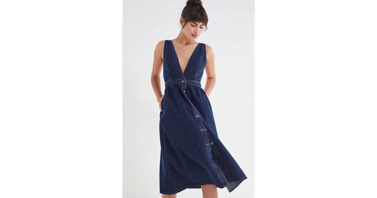 260a72cde8 Urban Outfitters Uo Danny Plunging Button-down Denim Midi Dress in Blue -  Lyst