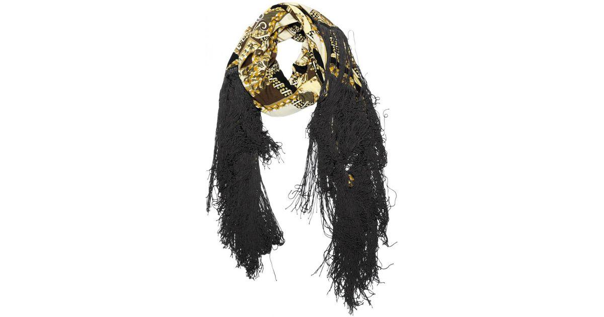 Lyst - Foulard en soie Hermès en coloris Noir 17ee4cac810