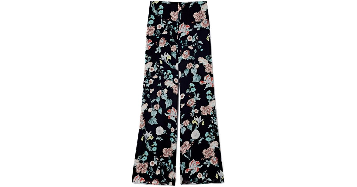 321b742cd7 Lyst - Vince Camuto Floral-print Wide-leg Pants in Black