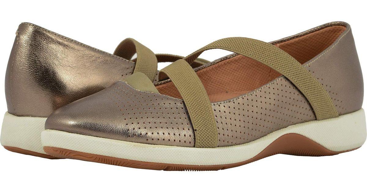 d5e0fc1412d Lyst - Softwalk Sava X Haely (dark Red) Women s Shoes