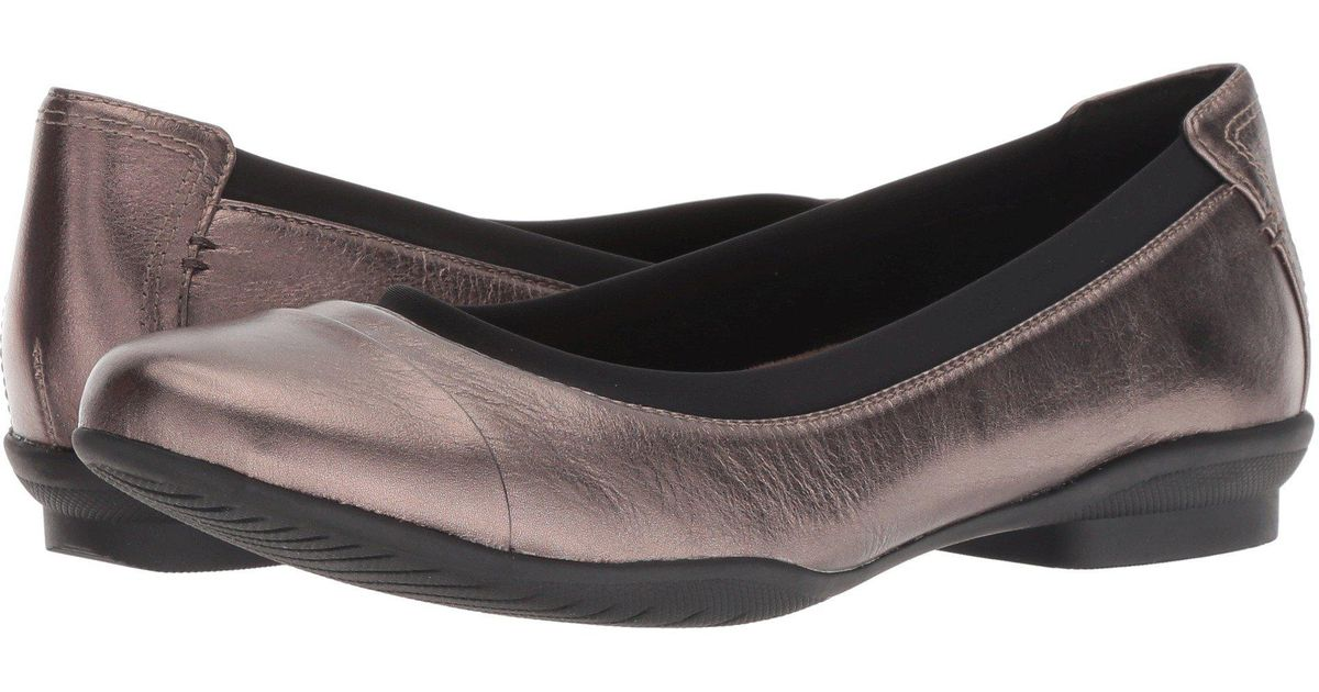 8f4aaa80f85 Lyst - Clarks Neenah Garden (blush Pink black Patent Leather) Women s Flat  Shoes in Black