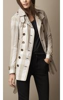Burberry Short Lightweight Check Trench Coat - Lyst