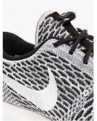 Nike Men'S Flyknit Roshe Run Sneakers Men'S Flyknit Roshe Run Sneakers - Lyst