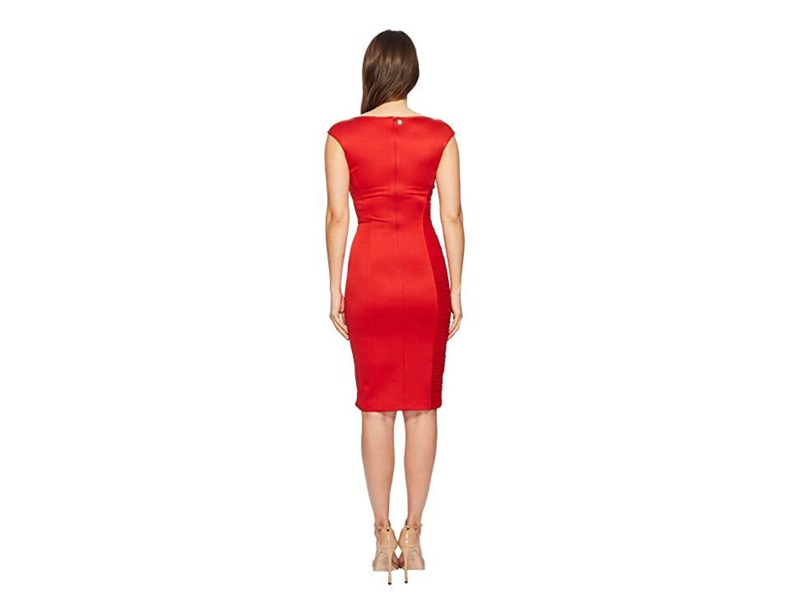 996865f22ce5 Versace Abito Donna Asymmetrical Zip Sheath Dress (rosso) Clothing in Red -  Save 75% - Lyst