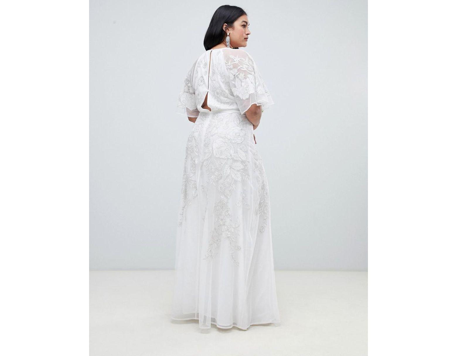 e270354138c599 ASOS Asos Edition Curve Floral Applique Wedding Dress in White - Lyst