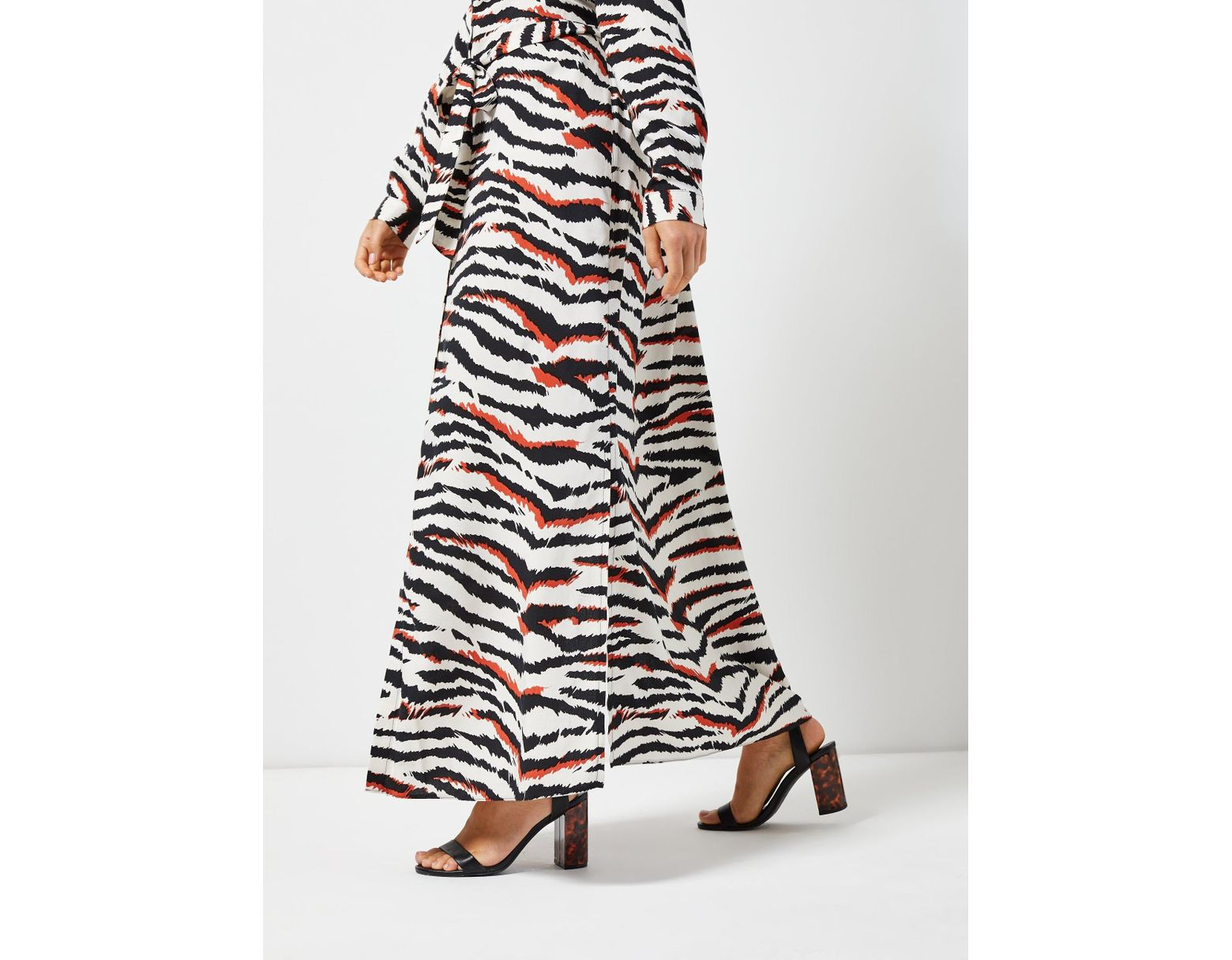 7f60ef10fb38 Dorothy Perkins Petite Multi Coloured Zebra Print Maxi Shirt Dress - Lyst