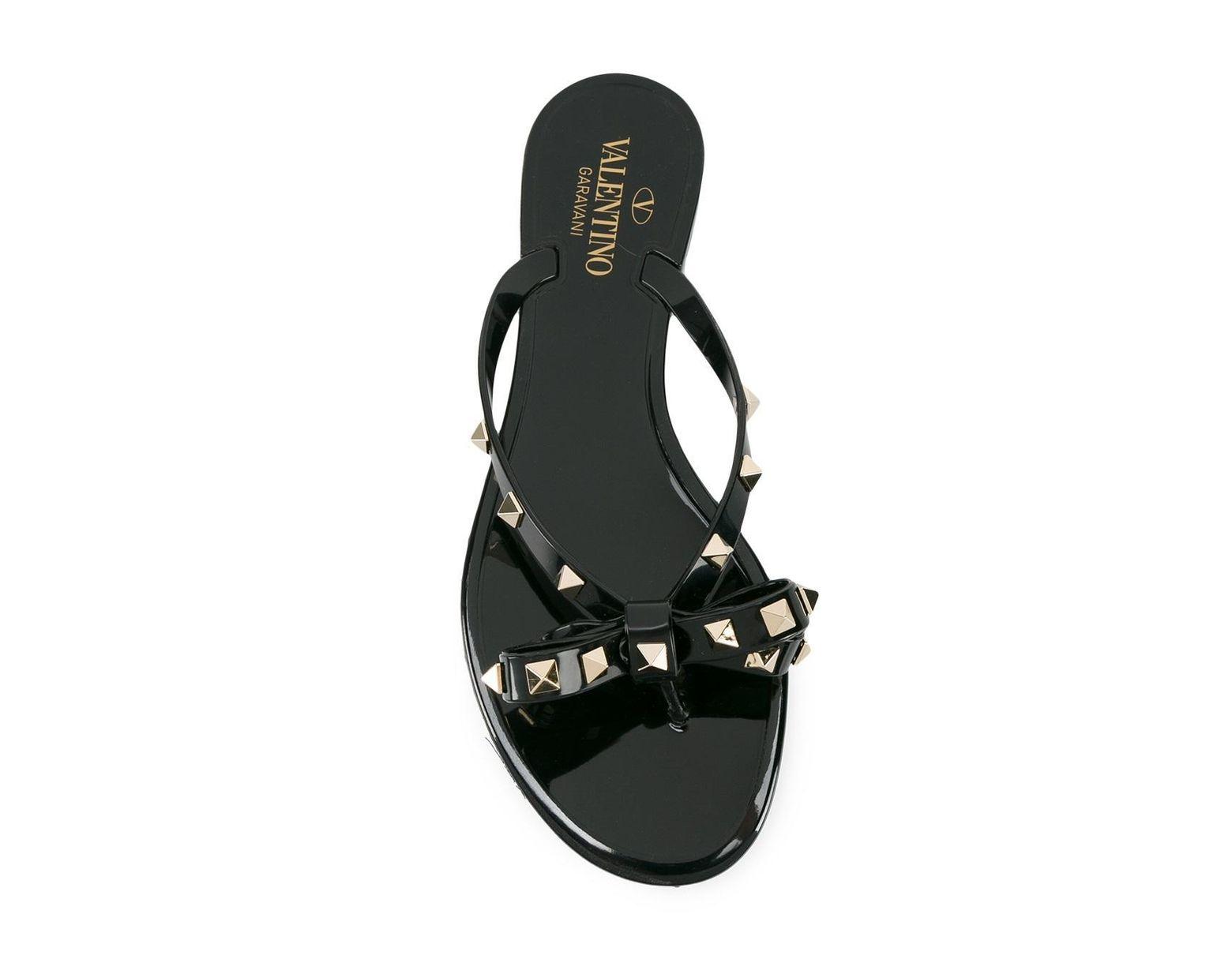c487686288a5b Valentino Rockstud Thong Sandals in Orange - Save 61% - Lyst