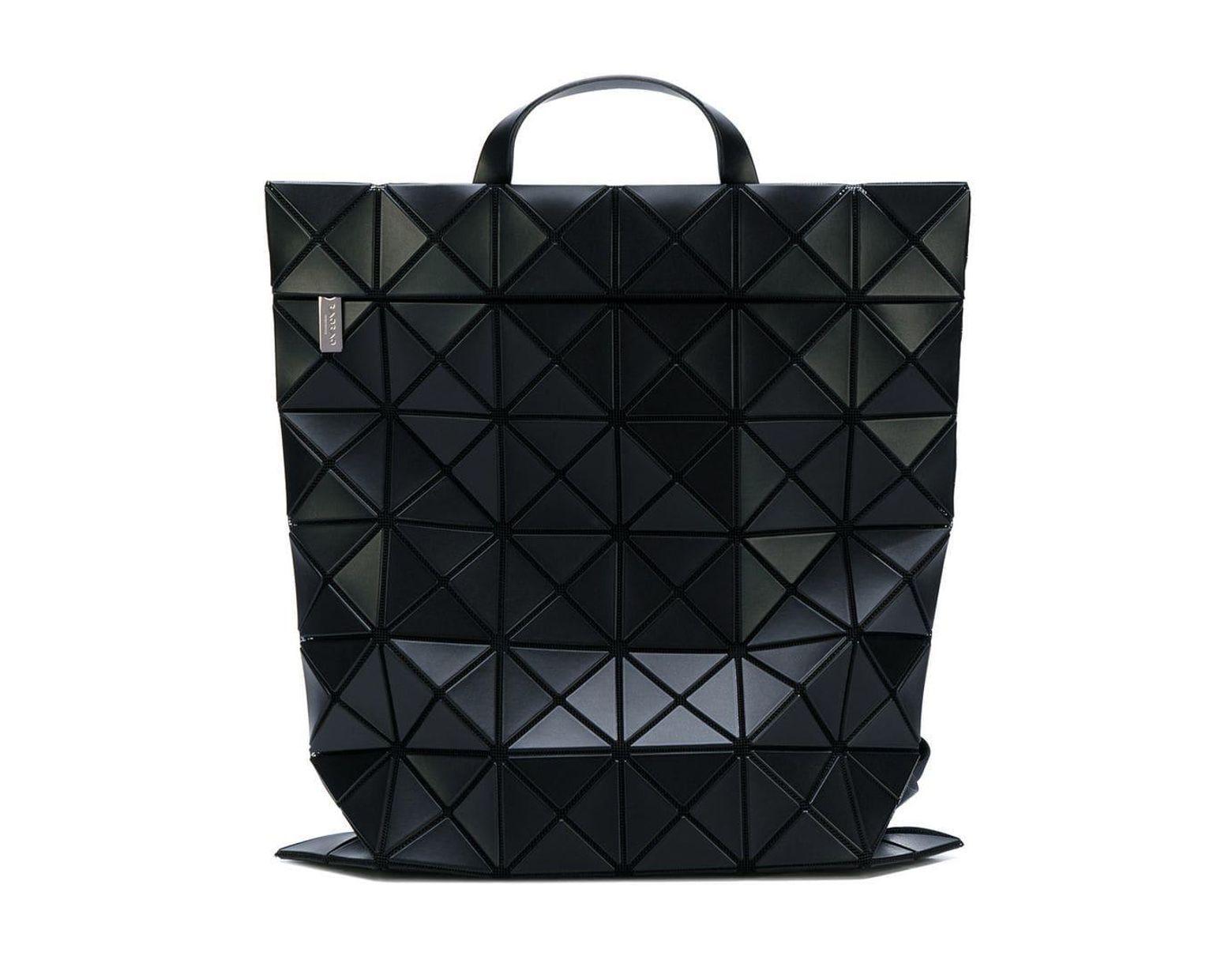 7624664b365 Mochila Flat Pack Bao Bao Issey Miyake de color Negro - Lyst