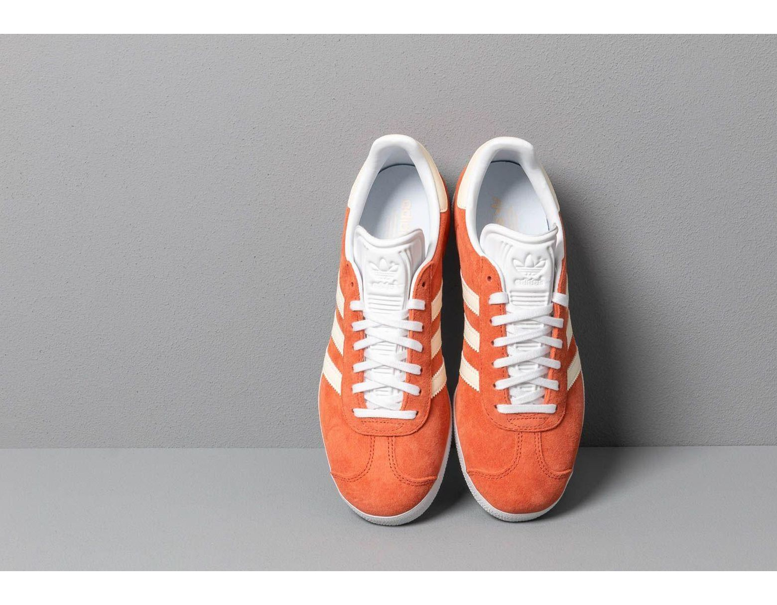 eacdeb28b31877 adidas-originals-Red-Adidas-Gazelle-W-Raw-Amber-Ecru-Tint-Ftw-White.jpeg