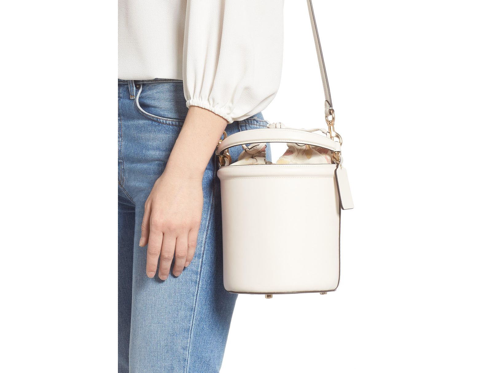 8cf26f9d COACH Leather Drawstring Bucket Bag in White - Lyst