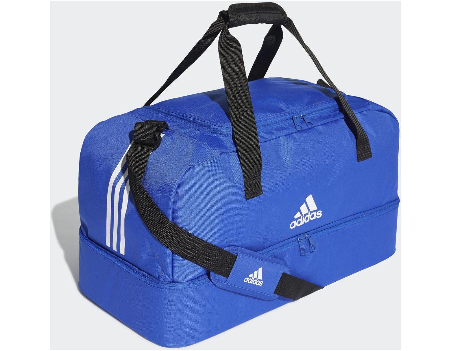 d64de8ced0 Sac en toile Tiro Format moyen femmes Sac de sport en bleu adidas pour homme  en coloris Bleu - Lyst