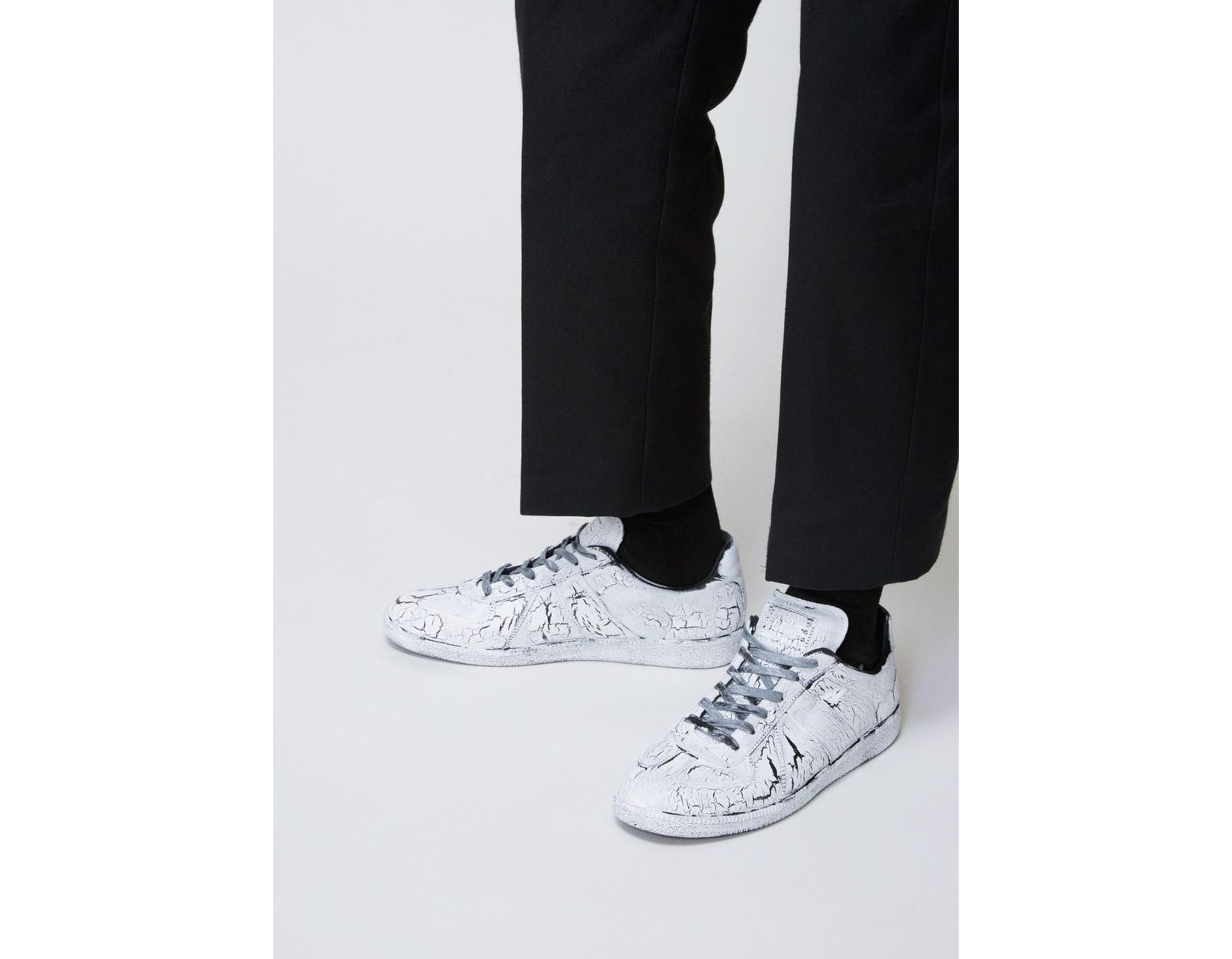 low priced 89f38 e971a Maison Margiela White Painted Replica Sneaker in White for Men - Lyst