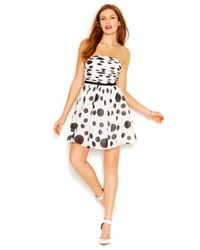 Guess - White Strapless Bandeau-Neck Dot-Print Flared Dress - Lyst