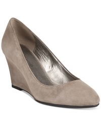 Bandolino - Gray Yana Wedge Pumps - Lyst