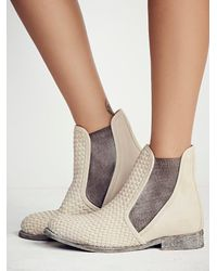Free People | White Faryl Robin + Womens Panama Woven Chelsea Boot | Lyst