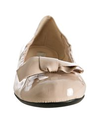 Prada - Natural Powder Pink Patent Leather Bow Detail Flats - Lyst