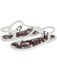 Burberry | White Nova Painted Heart Jelly Sandals | Lyst