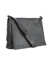 Bottega Veneta - Black Titanium Pebbled Toro Leather Crossbody Messenger Bag for Men - Lyst