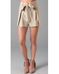 Lover - Natural Arabesque Bow Short in Beige - Lyst