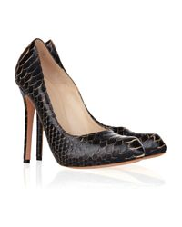 Alexander McQueen | Black Structured-toe Snakeskin Pumps | Lyst