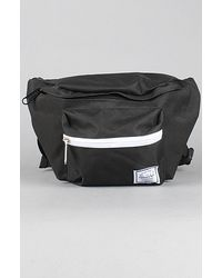 Herschel Supply Co. | The Seventeen Bag in Black | Lyst